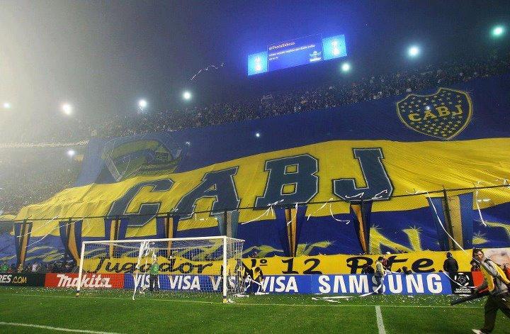 Boca negocia con un lateral extranjero para la Libertadores 2016