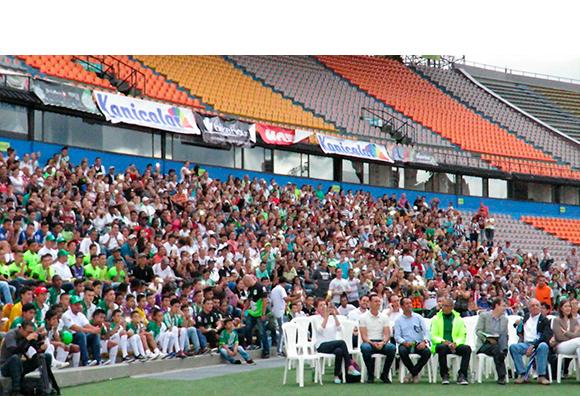 Lanzamiento de la sexta Copa Atlético Nacional con las Comunidades.
